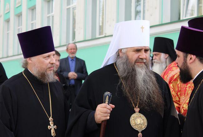 Памятник митрополиту Николаю появился в Нижнем Новгороде - фото 15