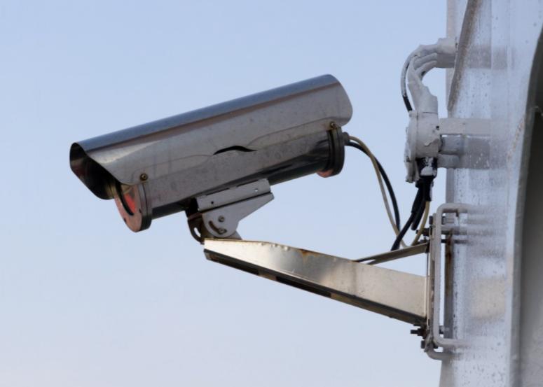 «Улыбнитесь, вас снимают!»: сколько уличных камер наблюдают за жителями Нижнего Новгорода - фото 1