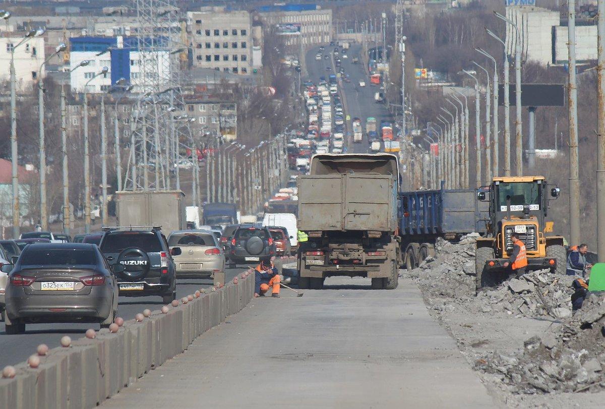 Движение автомобилей по Мызинскому мосту могут запретить - фото 1