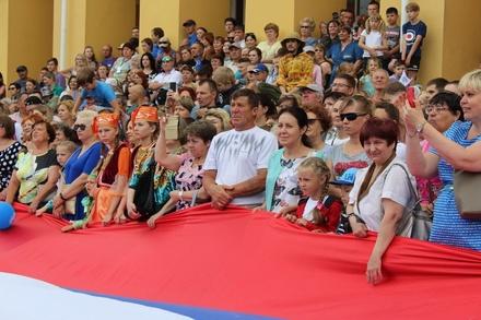 Более 6 млн рублей выделено на украшение Нижнего Новгорода ко Дню города