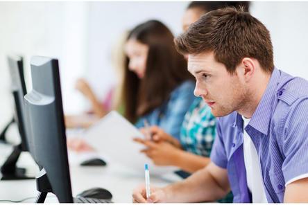 Преподаватели НИУ ВШЭ запустили цикл вебинаров для подготовки школьников к ЕГЭ