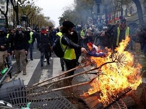 Украина обвинила Россию в беспорядках во Франции