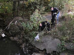 Около 200 метров берега реки Старки очистили от мусора