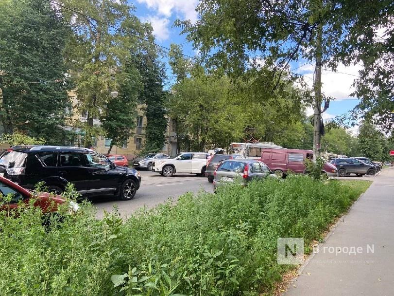 Движение трамваев остановилось на улице Ошарской из-за ДТП - фото 2