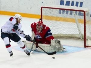 Нижегородская «Чайка» потерпела поражение от ярославского «Локо»