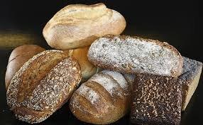 Назван самый опасный для здоровья вид хлеба