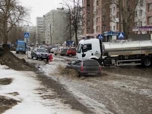 Как не сесть в лужу: Нижний Новгород заливает водой (ФОТО)