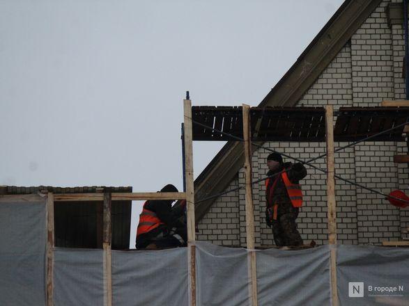 Инъекция для стен: как идет реставрация фасада нижегородской фабрики «Маяк» - фото 23