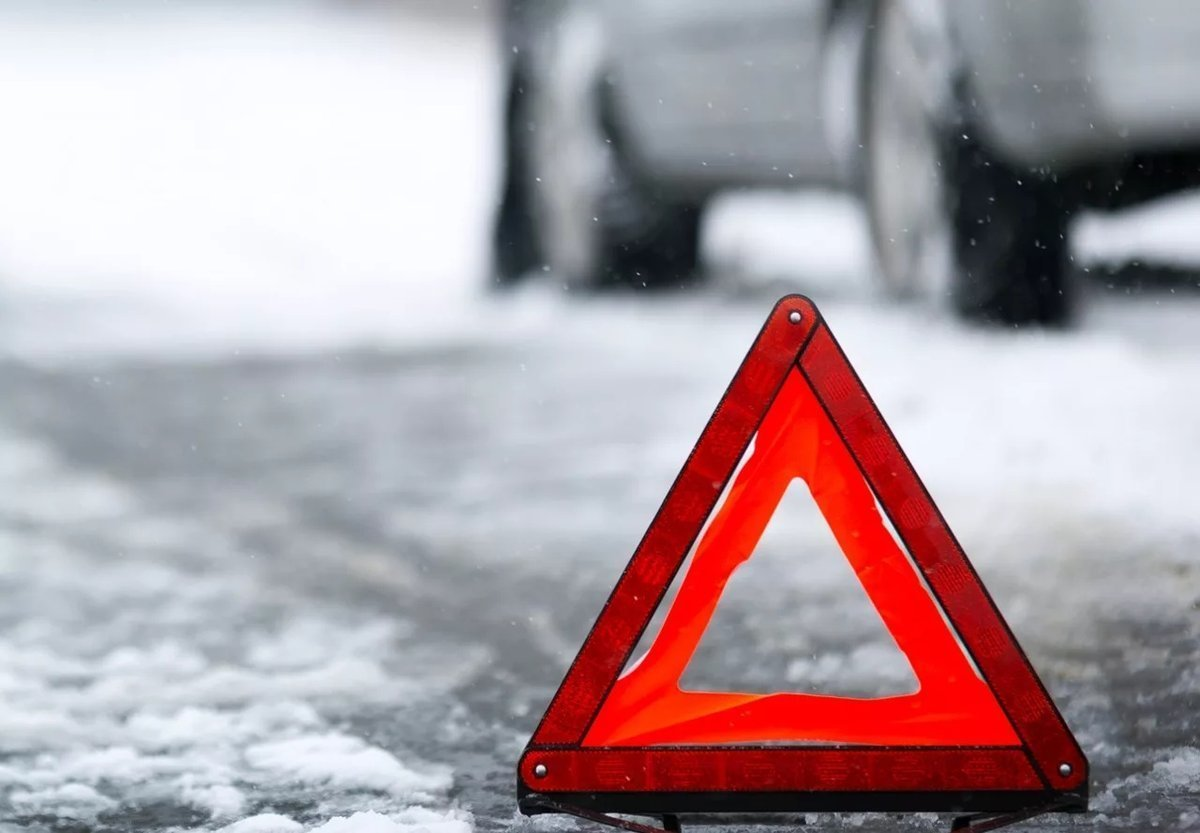 Водитель иномарки насмерть сбил пенсионерку на Автозаводе и скрылся - фото 1