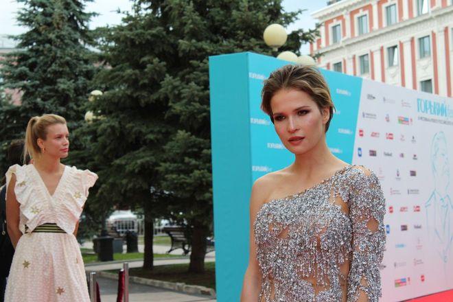 Звезды российского кино приехали в Нижний Новгород на «Горький fest» - фото 37