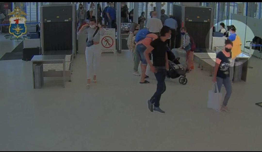 Красноярский бизнесмен лишился дорогих часов в аэропорту «Стригино» - фото 1