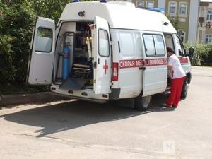 Пожилой водитель мопеда сломал ноги при столкновении с иномаркой в Выксе