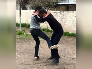 Богородский подросток из-за девушки сломал ногу студенту