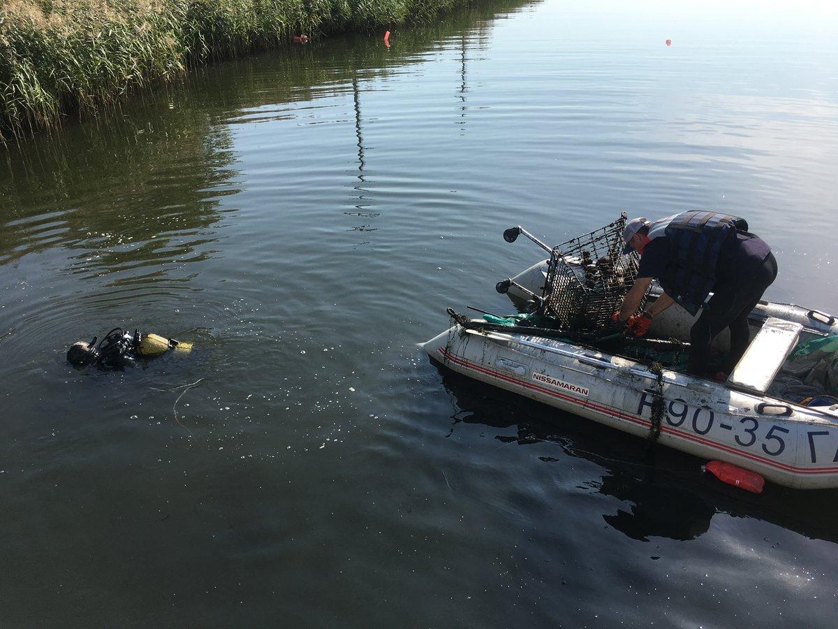 Три «Камаза» мусора вывезли за четыре дня с Мещерского озера - фото 2