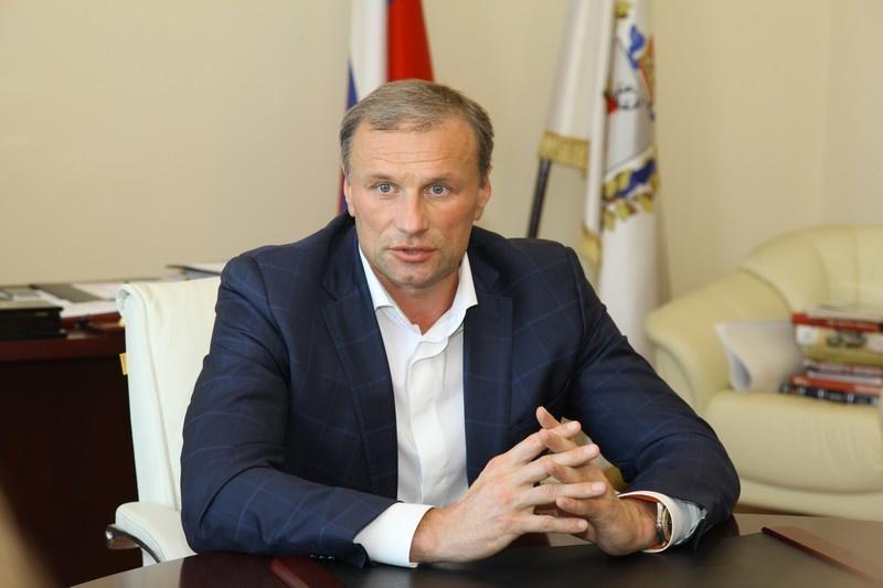 Почти 300 млн рублей заработал за год нижегородский депутат Госдумы Владимир Блоцкий - фото 6