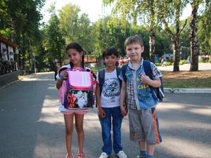 Нижегородским сиротам помогли собраться в школу (ФОТО)